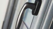 fenêtre aluminium bordeaux