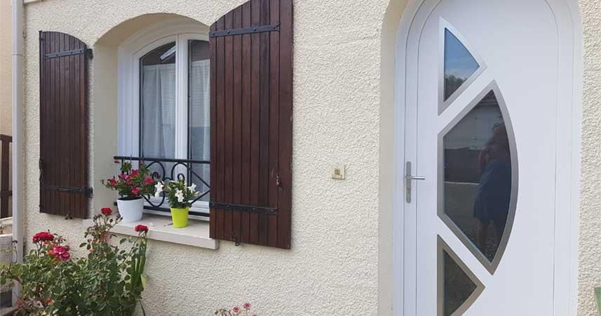 Porte PVC Bordeaux